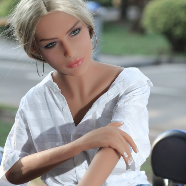 Real Doll Reese
